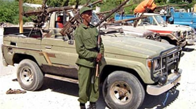 Kenya hands over Somalia suspects