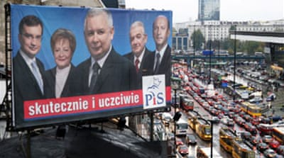 Poles vote in snap election