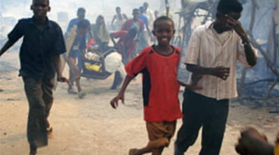 Thousands flee Mogadishu fighting