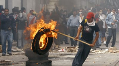Violent protests persist in Bolivia
