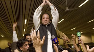 Nawaz Sharif returns to Pakistan
