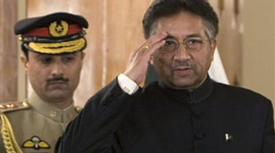 Musharraf sworn in as president