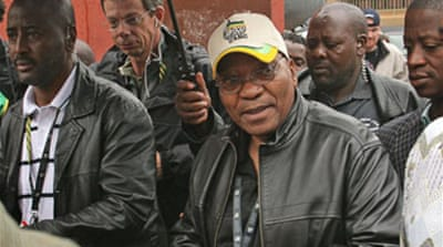 Zuma threatened with graft charges