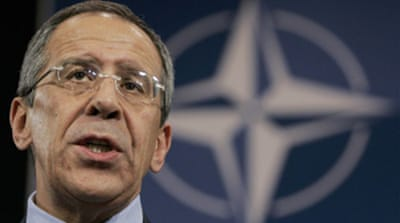 Nato vows strong Kosovo force