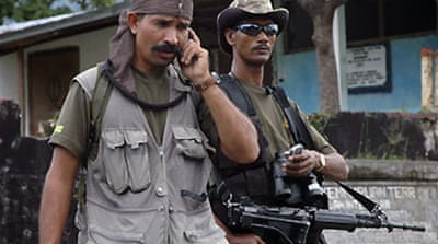 Troops close in on East Timor rebel