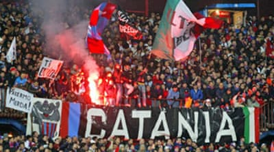 Italy football riot kills policeman