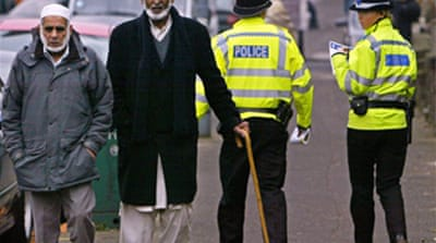 British Muslims question arrests