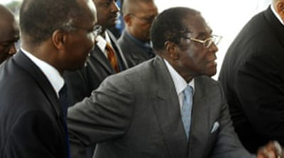'No pressure' on Mugabe at summit