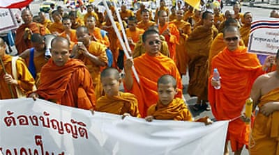 Monks rally for a Buddhist Thailand