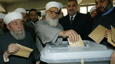 Syrians vote for new parliament