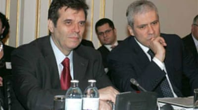 Serb rivals in coalition deal