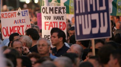 Thousands rally against Israel's PM