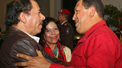 Ortega praises Chavez over TV issue