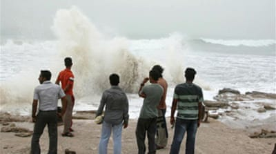 Cyclone Gonu kills 20 in Oman