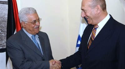Olmert seeks to shore up Abbas