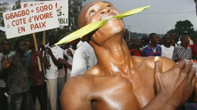 Ivorians burn guns for peace