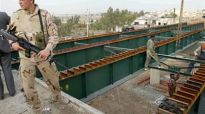 Iraq reconstruction behind schedule