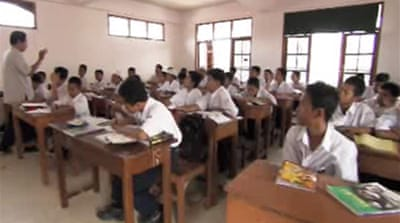 Inside Indonesia's Islamic schools