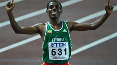 Bekele wins easy, Campbell in photo