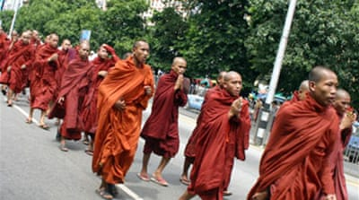 Tear gas fired at Myanmar monks