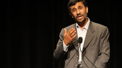 Ahmadinejad spars with US academics