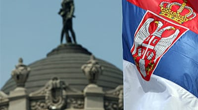 EU tries to resolve Serbia divide