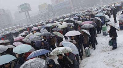 Snow threatens China celebrations