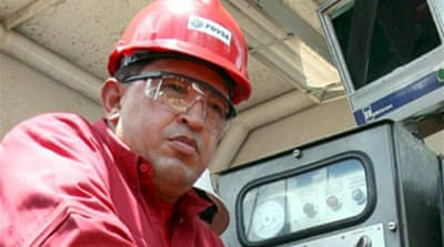 Chavez threatens to cut off US oil