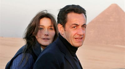 Sarkozy marries girlfriend