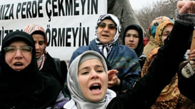 Turkey headscarf law approved
