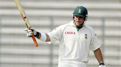 S Africa win first Test in Dhaka