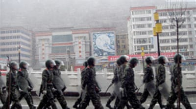 China steps up pressure on Tibetans
