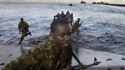Troops head for Comoros island