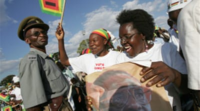 Zimbabweans vote in tense election