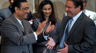 Pakistan rivals to share power