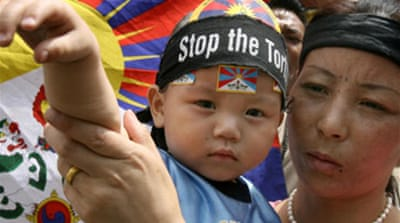 Paris pushes for Tibet rights