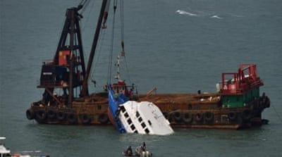 Arrests over deadly Hong Kong ferry collision