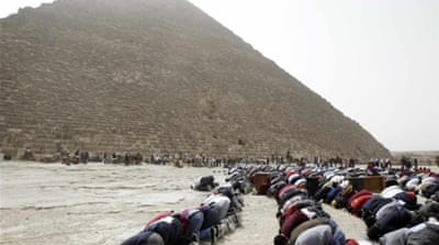 Egypt banks on Pyramids to boost tourism