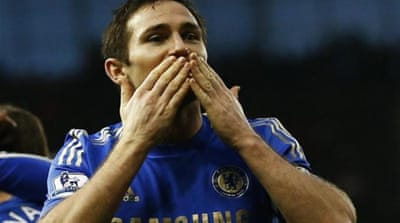 Blues fans are not been happy about rumours Chelsea will sell inform midfielder Lampard [Reuters]