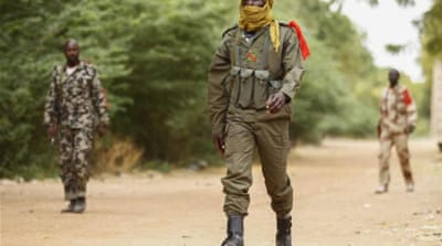 French forces continue their advance northwards in Mali assisting Malian forces fighting Islamic militants [EPA]