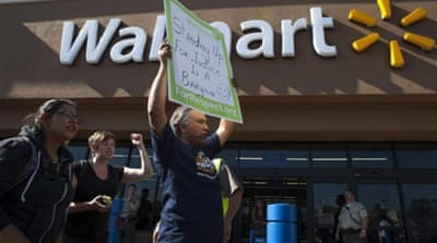 On Black Friday workers of Walmart unite