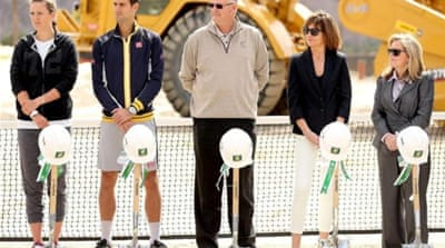 Moore (L) and leading tennis stars participate in ground breaking for Indian Wells Tennis Garden expansion [GETTY]