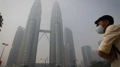 Indonesian president apologises for haze