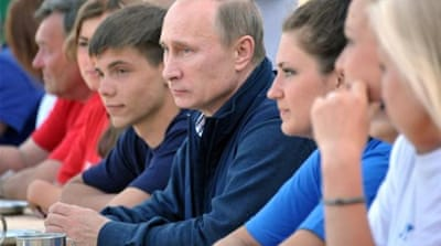 Putin blamed US for intimidating other countries so they would not take Snowden [Reuters]