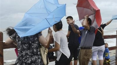 Typhoon Utor hits southern China
