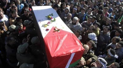 Israel returns fighter's body after 12 years