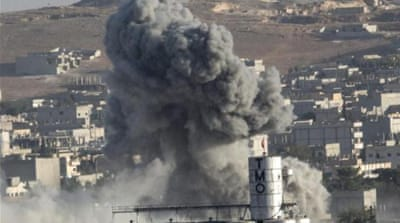 US bombs 'stall ISIL advance in Kobane'