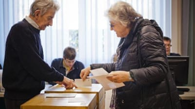 Swiss anti-immigration referendum split