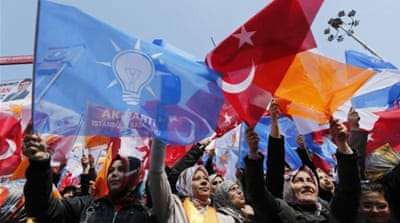Turkey awaits results of local elections
