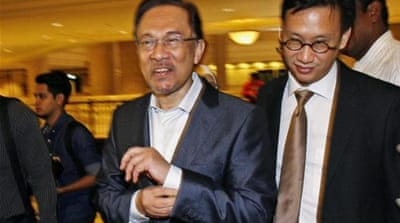 Malaysia opposition chief convicted of sodomy